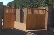Finished oak gates with tongue and groove boards